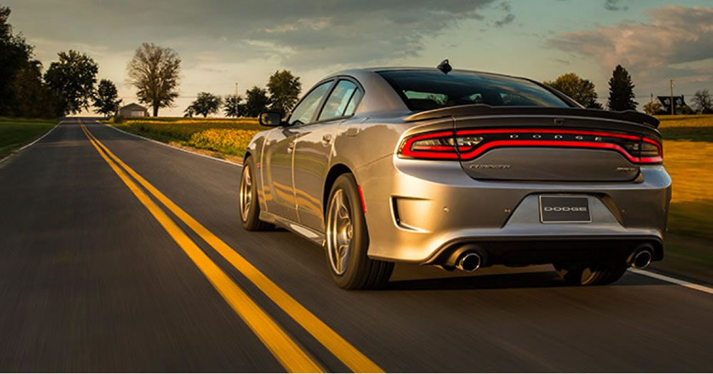 2017-Dodge-Charger-1