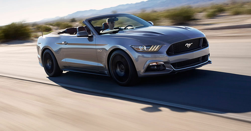 2017-Ford-Mustang-Convertible-Slide-3